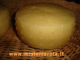 Formaggio fatto in casa con latte crudo | Le ricette di MisterCarota.com