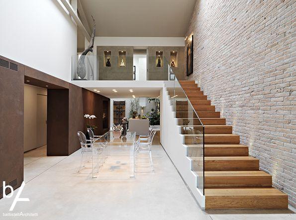 Battistella architetti_loft in Venice #interiordesign #battistellarchitetti #venice #architecture #loft #loftdesign #interior #lights #bricks #corten #stairs #wood #art