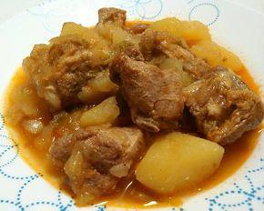 Costillas de cerdo guisadas con patatas