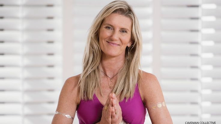 Salute the Sun to Shiva Rea's 60-Minute Yoga Playlist. Prana Flow Yoga creator Shiva Rea turns up the music to offer inspiration and rhythm to yogis moving through the 108 rounds of Sun Salutations she leads as part of her ongoing Global Mala Project.