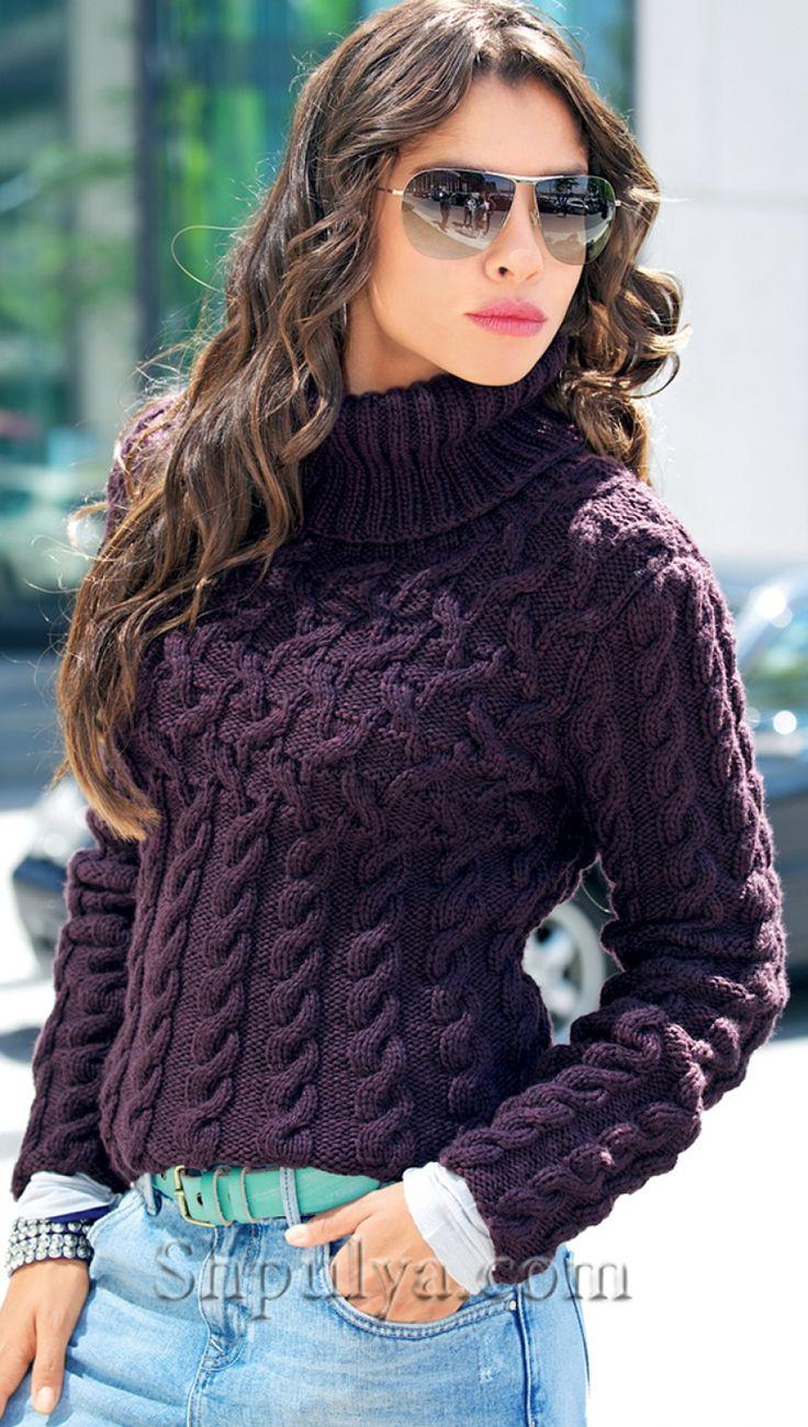 Фиолетовый пуловер с косами спицами