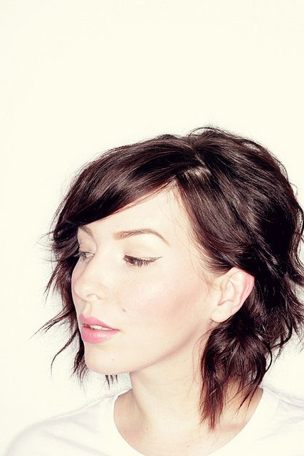More short hair love..... also with a Wavy Hair Tutorial (For Short Locks)