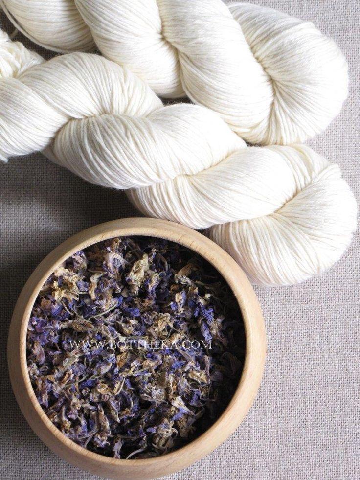 vegetable dyeing, larkspur flower, merino, wool, yarn, linen http://bottheka.com/en/delphinium