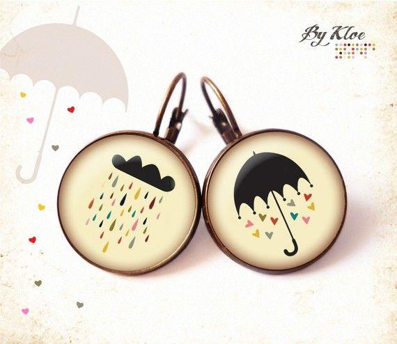 Boucles d'oreilles dormeuse Cabochon • Vive la Pluie • parapluie nuage