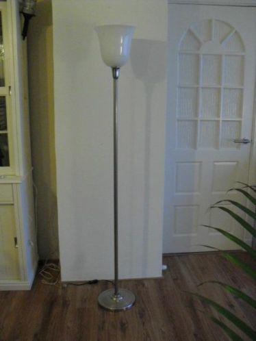Originele staande tulip lamp uit de jaren 20/30.