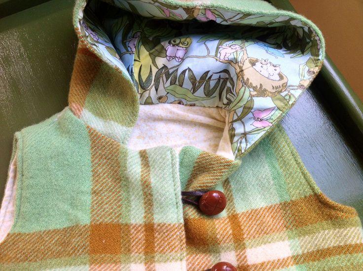 Child's+hooded+vest/jacket+Felt+wool+upcycled+blanket+green+gumnut+winter+jacket
