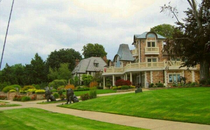 Lakewood OH | Beautiful Homes | Pinterest