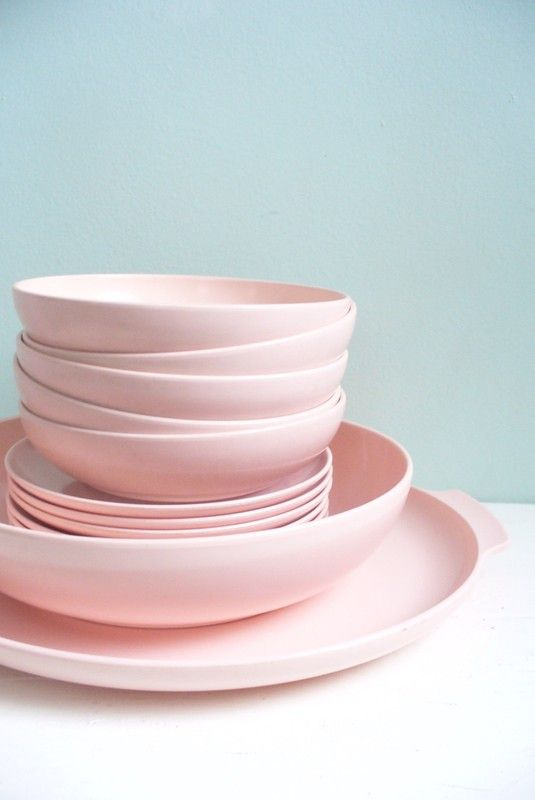 Love vintage pink melamac.  I have a couple of pieces, but would like a whole set!: Bathroom Design, Pink Dishes, Pink Plates, Vintage Pink, Design Interiors, Pastel Pink, Interiors Design, Pale Pink, Design Home