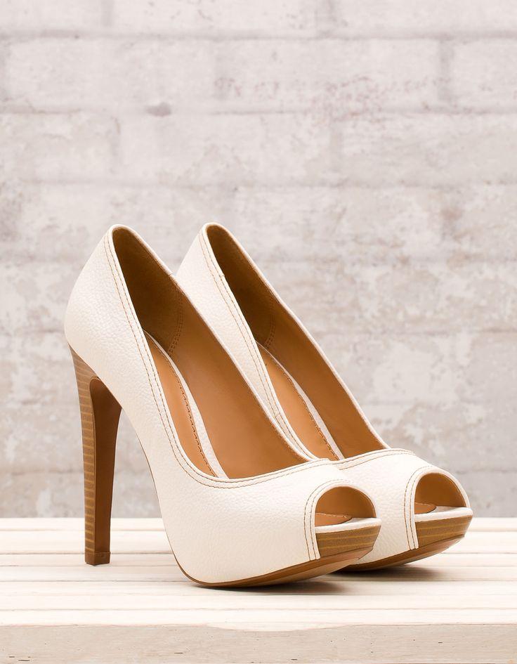 Basic platform peep toes