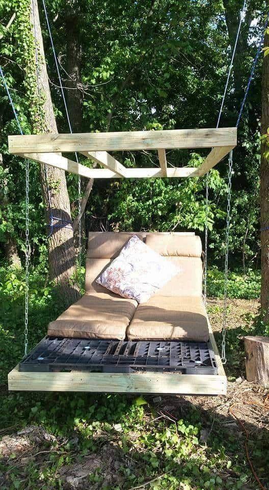 Best 25 pallet swing beds ideas on pinterest palette for Love making swing