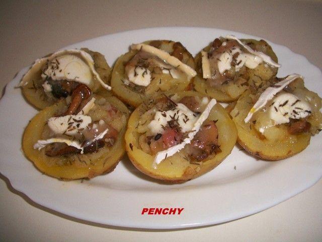 Patatas rellenas de setas y queso de cabra