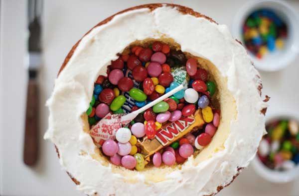 Tarta piñata para un cumpleaños infantil