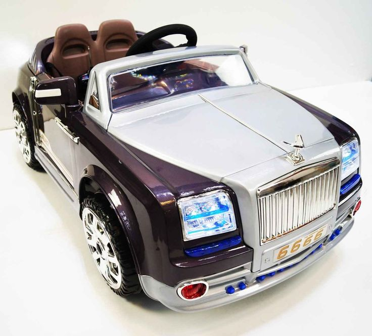 Rolls Royce Phantom Styled car is every bit as desirable as its adult version. Let your kids enjoy the luxury life from the yearly ages. Sporty look and famous background on the company Rolls Royce wi