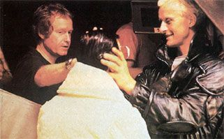 Ridley Scott, Rutger Hauer and a Eldon Tyrell  Figure..