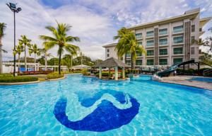 Located just a 7-minute drive from Clark International Airport, Widus Hotel and Casino is located within Clark Freeport Zone.