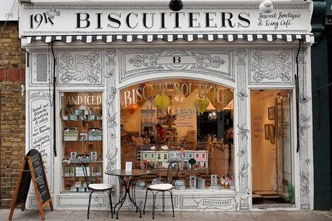 Biscuiteers Boutique & Icing Café| Best quirky & unusual cafes in London (Condé Nast Traveller)