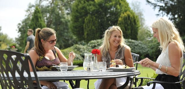 Al fresco dining overlooking the putting green.  Join now to use the Sports and Family Bar 01392 874139 / http://exetergcc.co.uk/join/eat-and-drink Or visit Wear Park Restaurant as a non member 01392 877366 / http://exetergcc.co.uk/wear-park-bar-restaurant