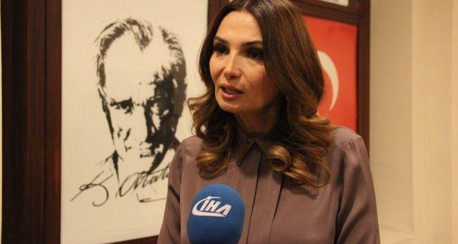 Azerbaycan Milletvekili Paşayeva'dan şehit ailesine taziye ziyareti