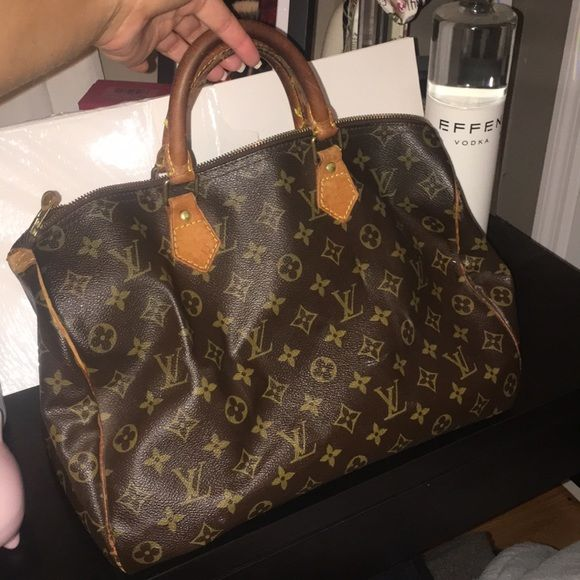 Used Louis Vuitton Bags >> Speedy Bag 40 Used Louis Vuitton Bags Travel Bags Bags