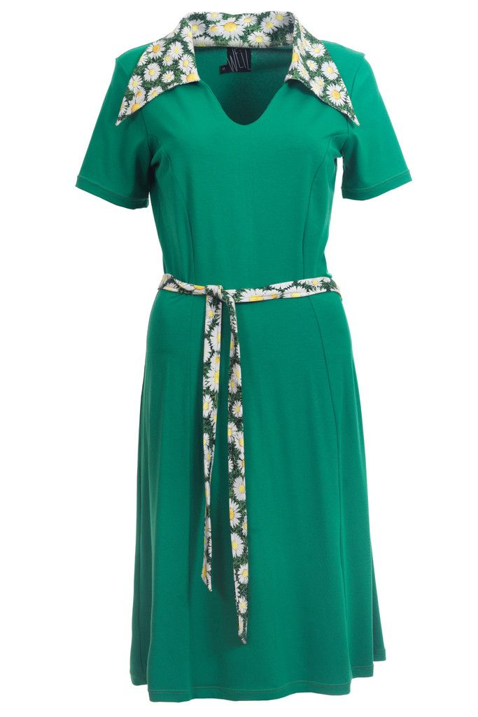 Perfect dress for spring in green with flower details.