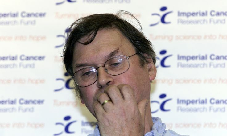 Nobel scientist Tim Hunt : female scientists cause trouble for men in labs / TheGuardian | #readyforequality #readytocrackglassceilings #girlswhocode