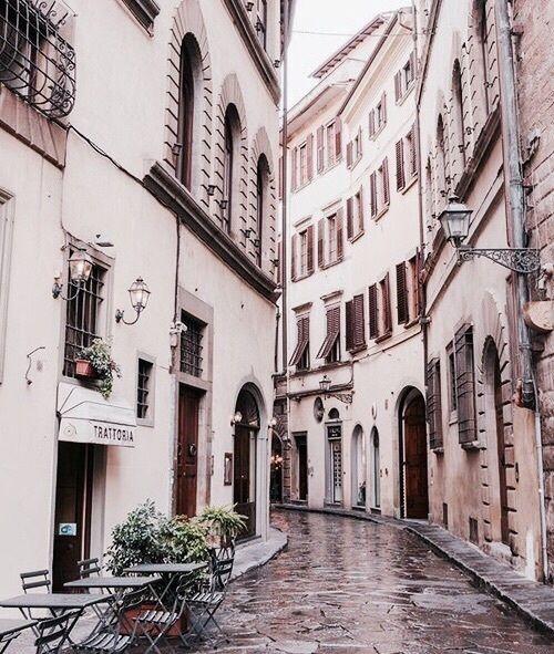 Cute alleys italian trattoria italy cobblestone street