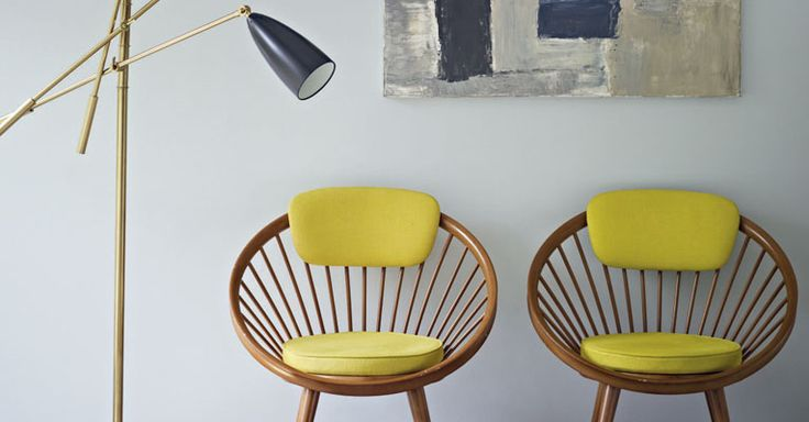 Another winning combination of colour and 50s style furniture