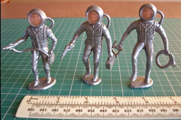 1960s Vintage Hong Kong Plastic Space Men with Face Plate Helmets x 3