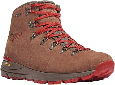 Danner Women's Mountain 600 Mid WP Hiking Boots
