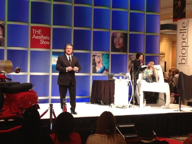 Dr. Mulholland Presenting at The Aesthetic Show 2013 in