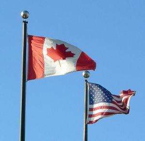 De ônibus de Toronto a Nova Iorque - Bandeiras do Canadá e dos Estados unidos