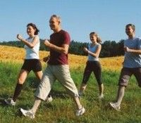 Benefícios da atividade física para a saúde - Independentemente de idade ou habilidade física, quase todo mundo pode usufruir os benefícios de saúde quando adicionar exercícios em suas rotinas diárias. O exercício é um excelente caminho para impulsionar um programa de perda e controle de peso, mas também pode ajudar a manter os ossos e músculos fortes, reduzir o estresse e melhorar sua qualidade de vida. Leia mais…