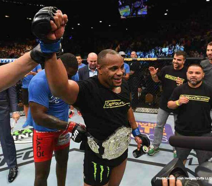 UFC 187: Johnson vs. Cormier, Bonuses, Post Fight Press Conference (REPLAY), Highlight Reel