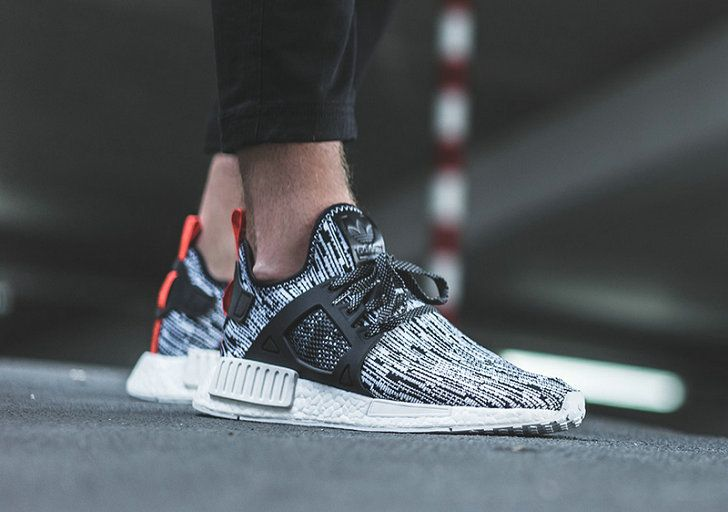 Free Blanco Shipping Only 69 adidas NMD XR1 Blanco Free Negro S32216 Glitch Rojo d6a059