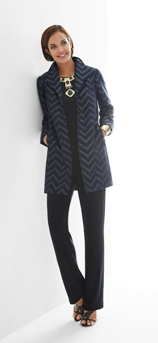 This dressy jacket makes the perfect layering piece. The shimmery chevron pattern sets it apart, while the wide collar enhances the sophisticated style.