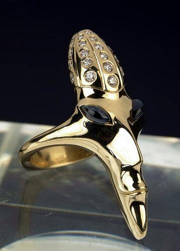 Jewelry art by Dashi Namdakov