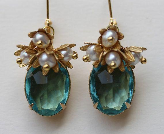 Türkis Kristall Ohrringe, Blume Cluster Ohrringe, Vintage Glas, März Birthstone, Perle und Türkis