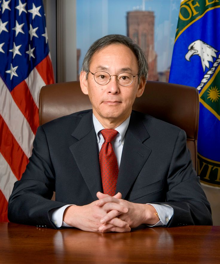 Q&A: Steven Chu // The former energy secretary, who has begun chasing emerging technologies again, looks back on his successes and failures in government...