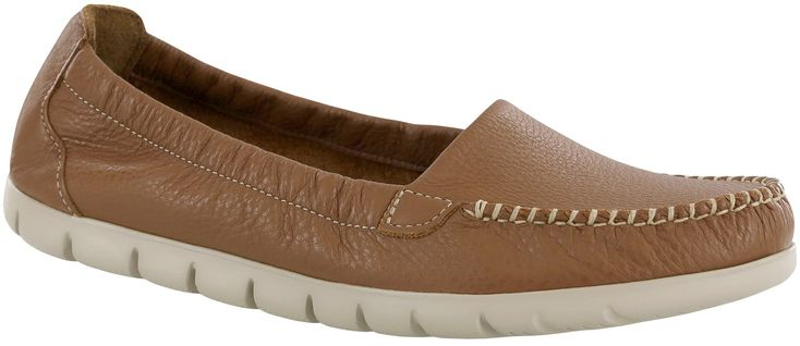 An EVA super light sole and a removable SAS Tripad® foot bed help give Sunny a light and airy cushion to your step. An elasticized topline and moccasin construction surround the foot with soft tumbled leather. A classic hand-laced upper offer