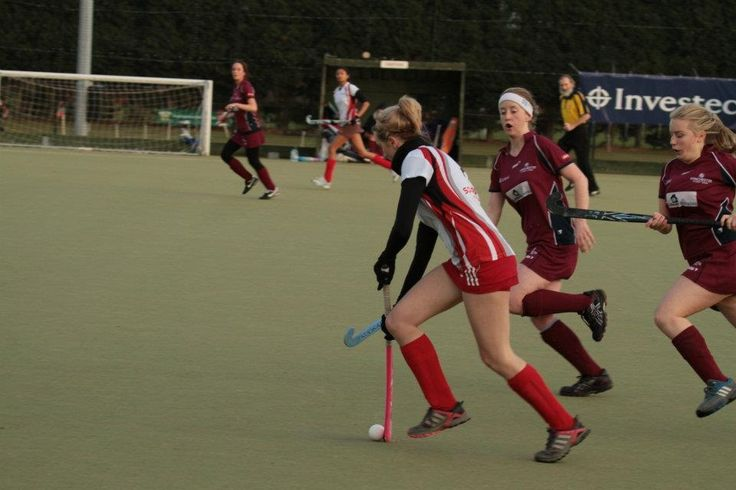 Team Solent Hockey (Womens). For more info about the team visit our website: www.solent.ac.uk/hockey