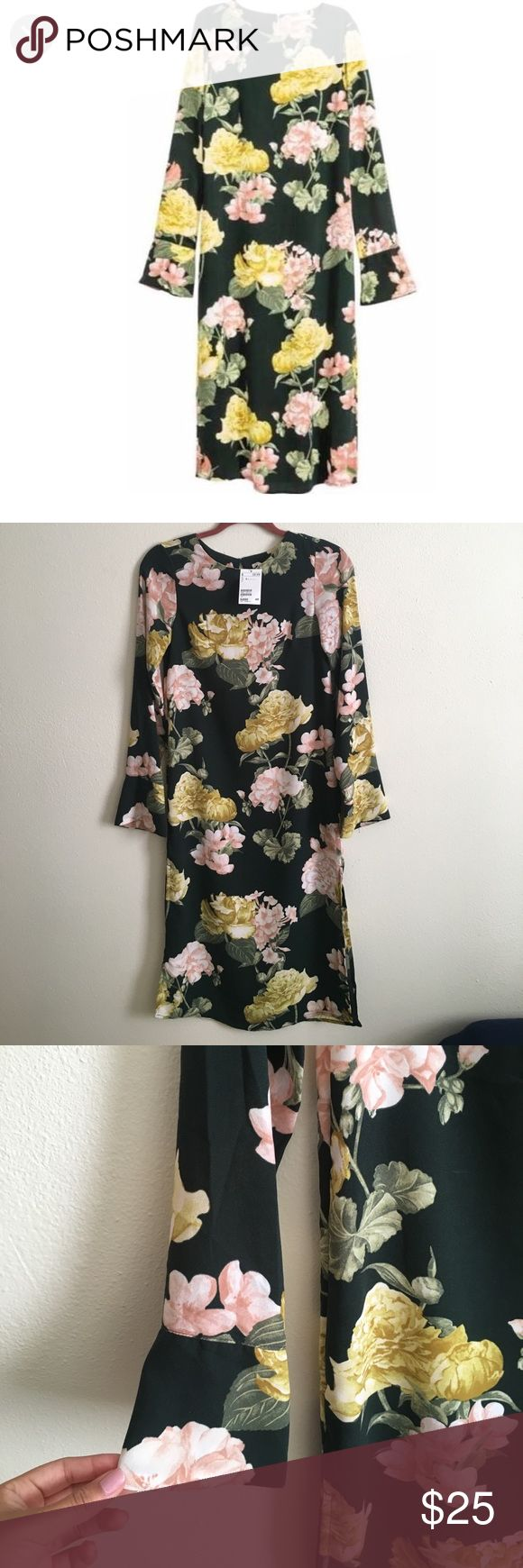 H&M Crêpe Floral Midi Dress NWT. From H&M. The black is still for sale but this is sold out!! Bought this while on vacation and didn't try it on. Doesn't fit me! H&M Dresses Midi