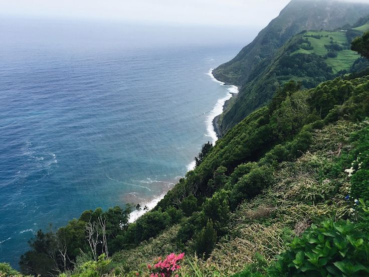 5 São Miguel Experiences for Your Bucket List - by Katy Miller for The Huffington Post 28.05.2015 | São Miguel (the largest of these islands) is filled with splendid miradouros (viewpoints), winding coastal roads, volcanic craters, vibrant foliage, whale-watching opportunities, and abundant hiking trails, making it an ideal trip for nature-lovers. But the best part is the impression of solitude -- my partner and I felt almost as if we had the entire place to ourselves. (The other best part…