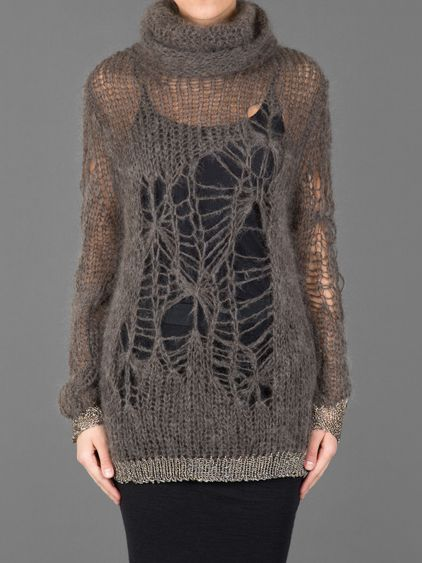 ISABEL BENENATO - photo of a wonderful knitted sweater/pullover