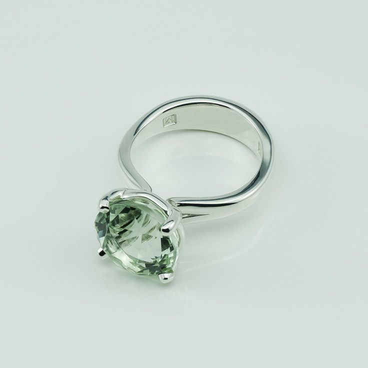Image of Round Green Amethyst claw set in Argentium Silver