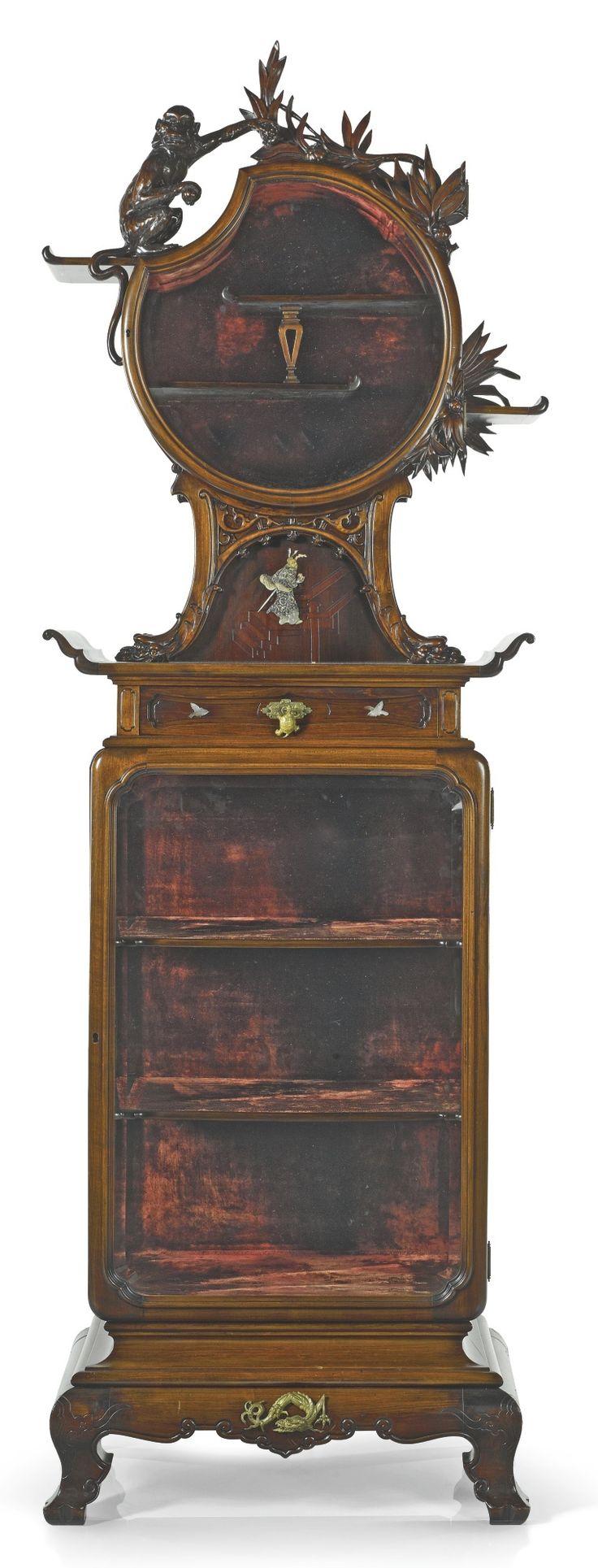 824 best images about vitrine on pinterest louis xvi. Black Bedroom Furniture Sets. Home Design Ideas