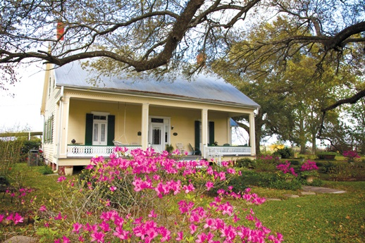 Creole cottage named cecilia bayou lafourche chateau for French creole house plans
