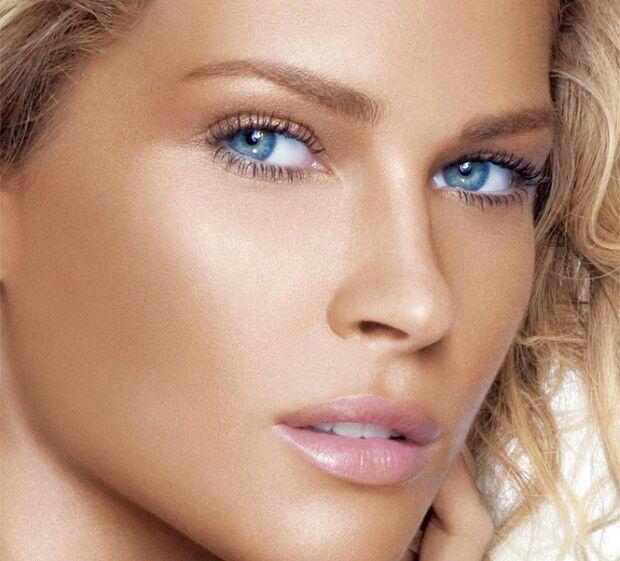 Blue eyes soft pink lip color