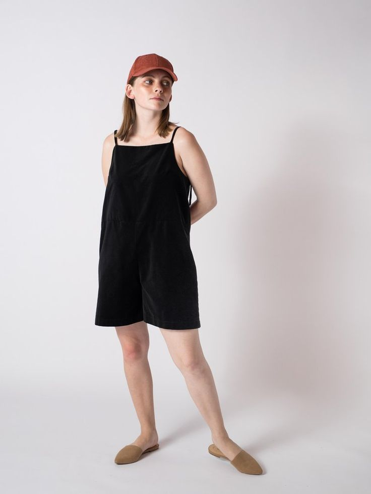 HIGH PLAYSUIT BLACK #sibedthreads #sibedclothing #linen #madeinNewZealand #womansclothing