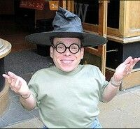 Warwick Davis...Acted and portrayed 'Leprechaun (1993)' and the rest of the 'Leprechaun' series
