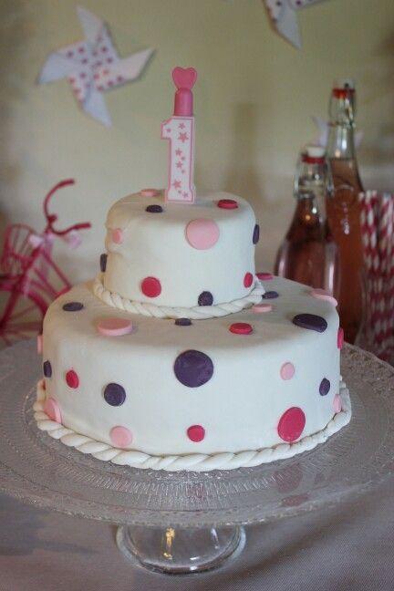 Gâteau anniversaire pour petite fille 1 an  Pate a sucre  Pinterest